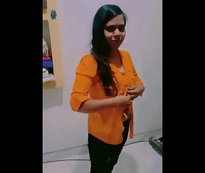 Desi Busty Young Indian Girl MMS
